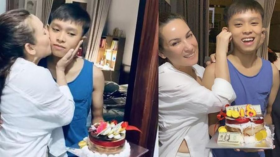 Phi Nhung bị fan quay lưng giữa ồn ào với Hồ Văn Cường