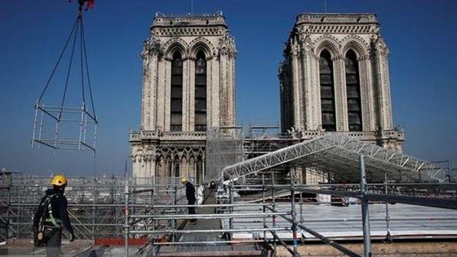Giáo phận Công giáo Paris chung tay khôi phục nội thất Nhà thờ Đức Bà