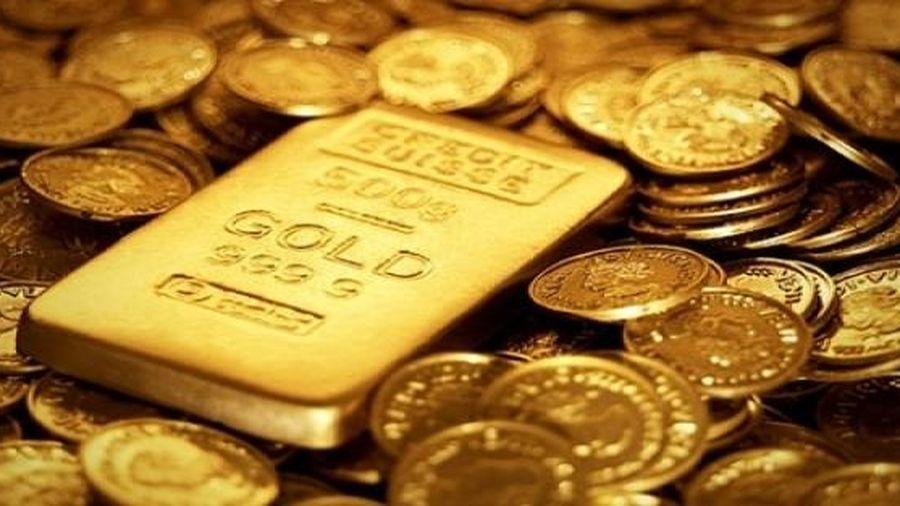 Hàng loạt yếu tố bất lợi kéo giá vàng đi xuống