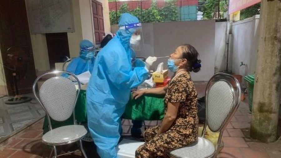 Hơn 3000 người dân khu vực phong tỏa âm tính lần 1 với SARS-CoV-2
