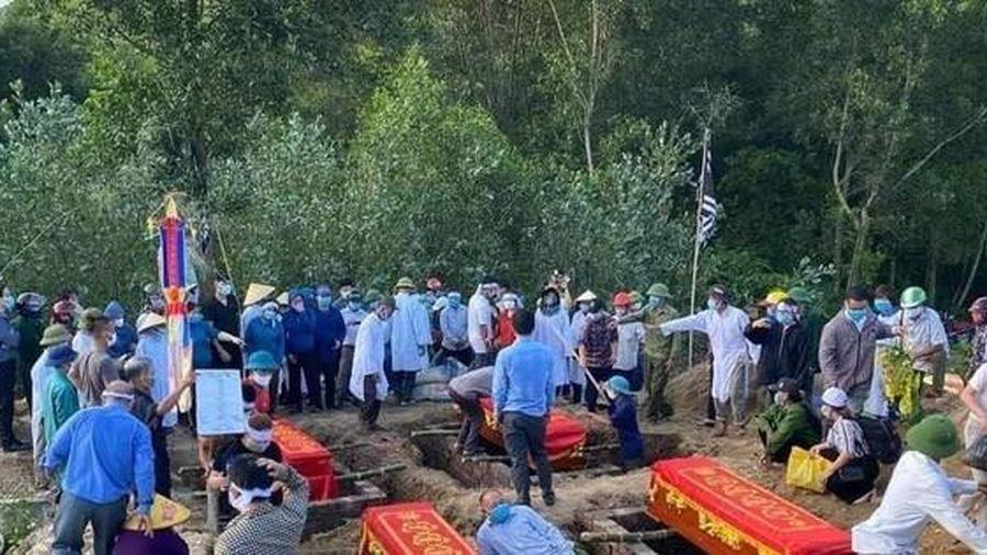 Vụ 6 người chết cháy trong phòng trà: Tiếng khóc xé lòng nơi quê nhà