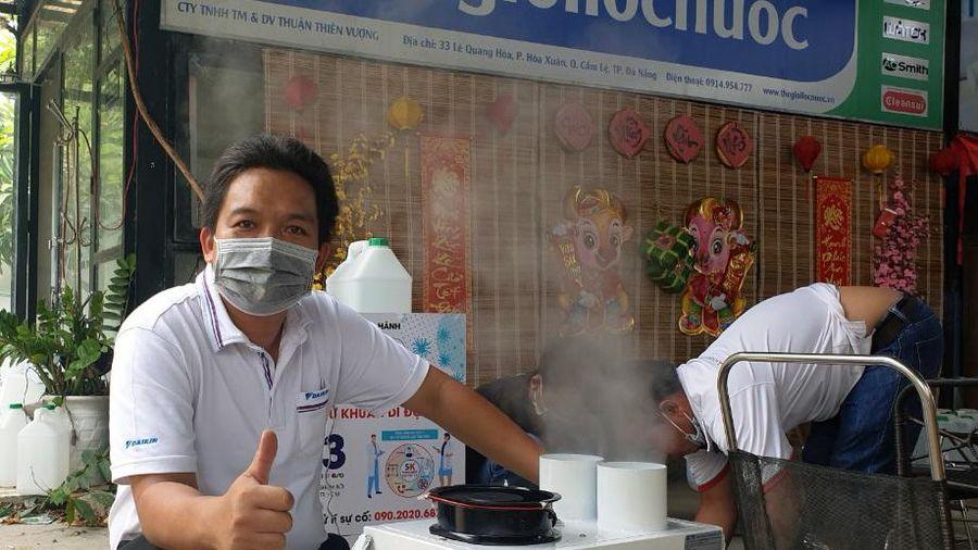 Bệnh nhân khỏi Covid-19, sản xuất máy khử khuẩn tặng tuyến đầu chống dịch
