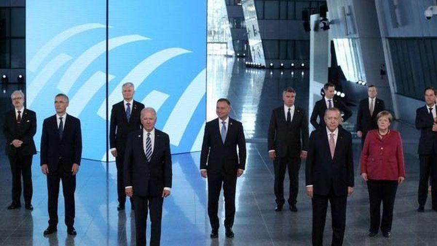 NATO đổi mục tiêu, 'dậy sóng' vì Trung Quốc