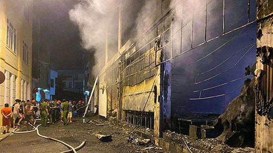 Vụ cháy phòng trà lớn nhất TP Vinh: Cả 4 người trong gia đình chủ quán thiệt mạng