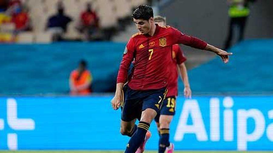 Thi đấu tệ hại, Morata vẫn được Enrique bênh vực