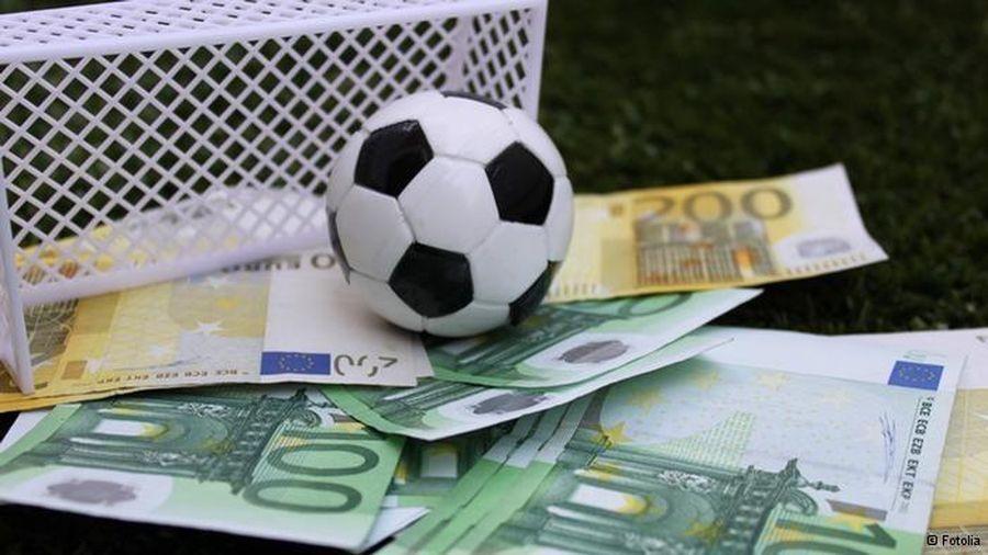 Quyết liệt đấu tranh tội phạm liên quan đến cá độ bóng đá