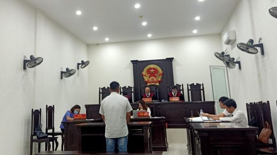 Vụ án 'từ xe ôm trở thành kẻ buôn ma túy': Hàng loạt bút lục bị sửa chữa vẫn được Tòa chấp nhận!