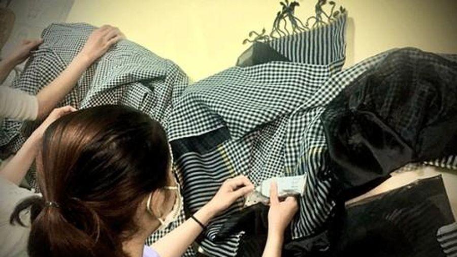 Kỳ công: Trang phục Dạ hội khăn rằn cho cuộc thi Đại sứ Du lịch Cửu Long 2021