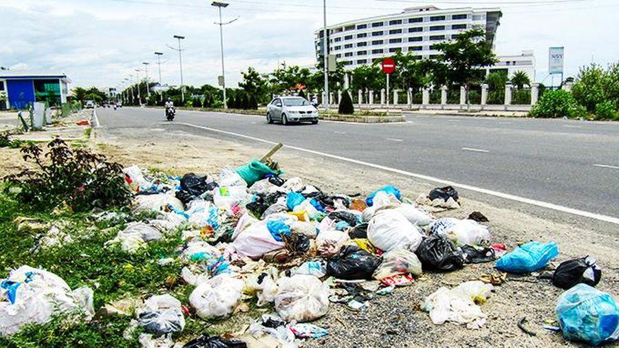 Cần thùng thu gom rác thải