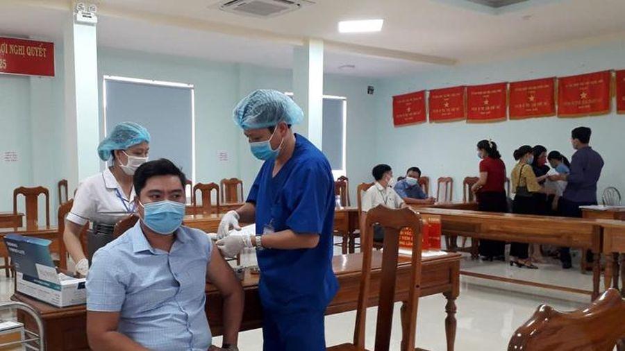 Các địa phương triển khai tiêm vắc-xin phòng Covid-19 đợt 2