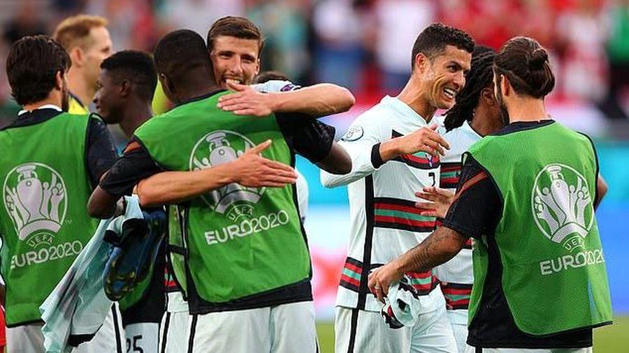 Bồ Đào Nha thắng kịch tính Hungary, HLV 2 đội nói gì?