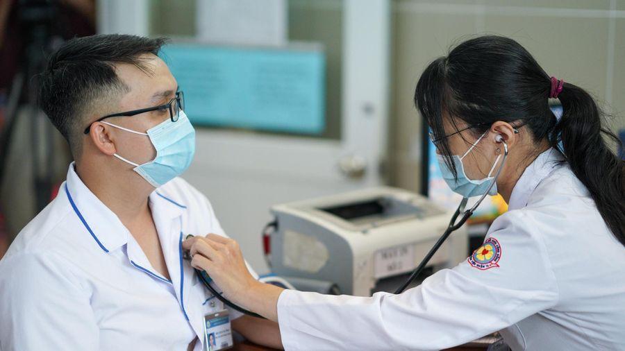 PGS.TS Nguyễn Lân Hiếu: 'Tôi chưa thấy bác sĩ nào giỏi mà nghèo cả'