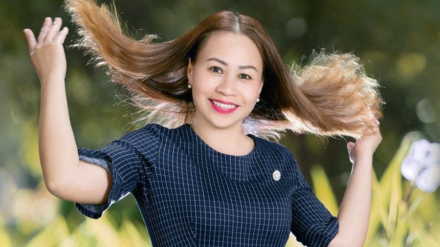 Gương mặt Ban giám khảo Liên hoan 'Tiếng hát Đại ngàn': NSƯT Chu Thị Thúy Hà: 'Cái đẹp luôn hấp dẫn người xem'