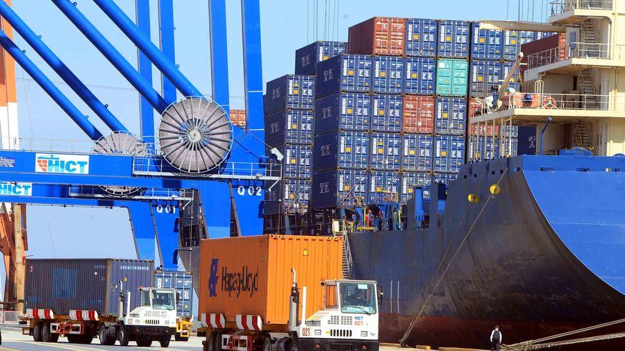 Dịch COVID-19 khiến xuất khẩu những tháng cuối năm vẫn khó dự đoán