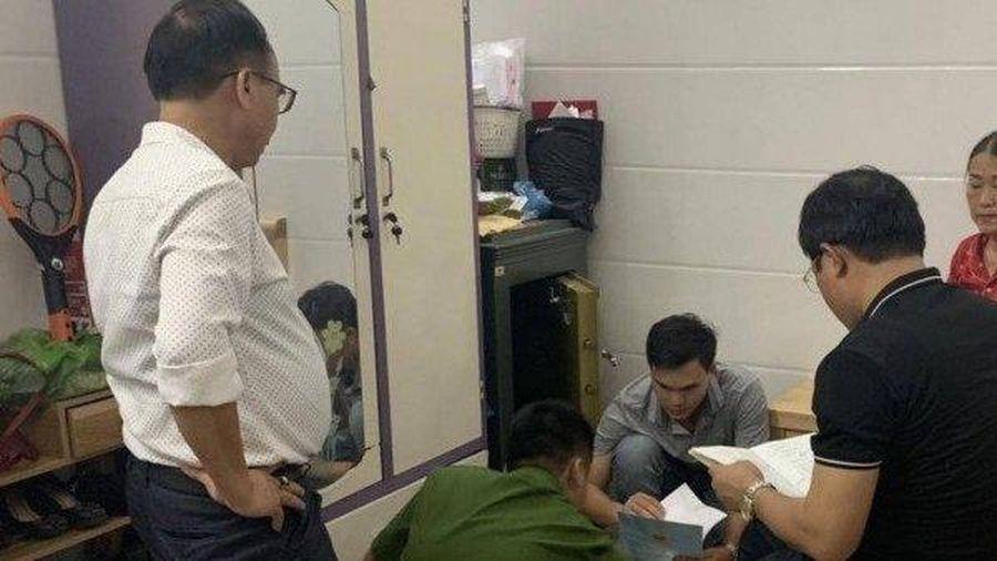 Khởi tố 'bà trùm' U60 cho vay nặng lãi ở Quảng Bình