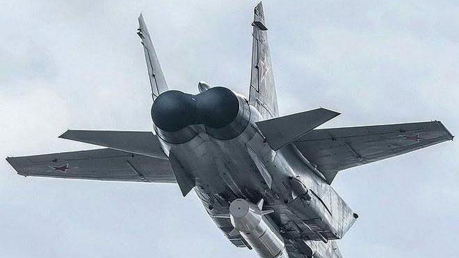 NATO 'giật mình' khi Nga điều động hàng loạt 'Dao găm' tới biên giới phía Tây