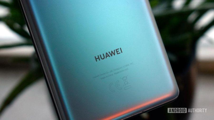 Huawei tuột dốc trên thị trường smartphone: Người dùng được gì và mất gì?
