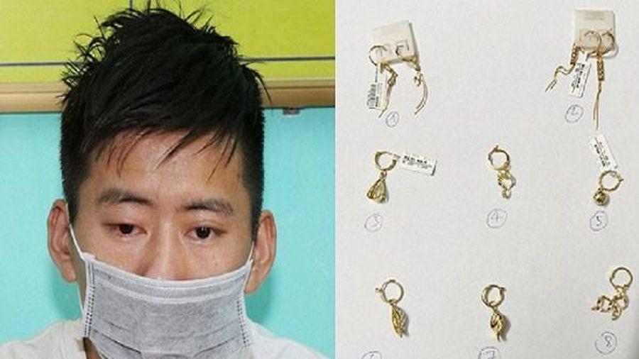 Quảng Bình: Trộm vàng đem đi bán thì bị cảnh sát bắt giữ