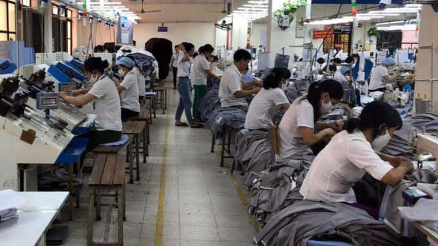 Vaccine Covid-19 cấp thiết cho người lao động ngành dệt may