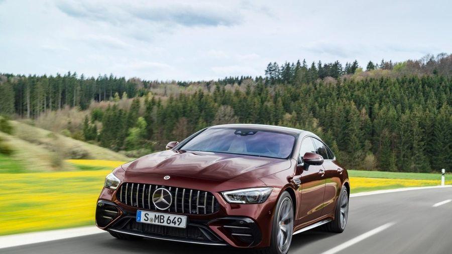 Khám phá nội - ngoại thất Mercedes-AMG GT 4 cửa 2022