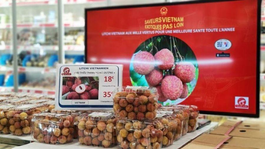 Lần đầu đến Paris, trái vải Việt Nam được bán với giá hơn 500 nghìn đồng/kg