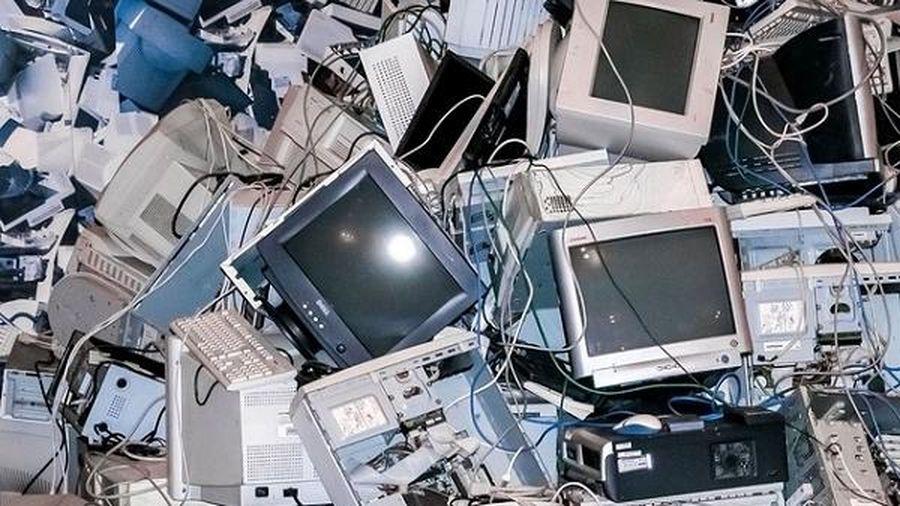 WHO: Bảo vệ sức khỏe trẻ em trước sự 'tăng vọt' của rác thải điện tử