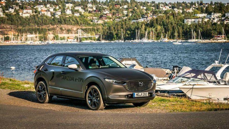 Lý do đừng mua ô tô Mazda máy xăng vào lúc này?