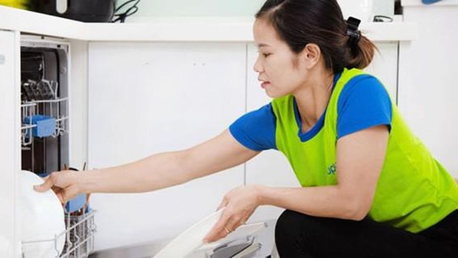 Việt Nam là nước đầu tiên ở Đông Nam Á luật hóa lao động giúp việc gia đình