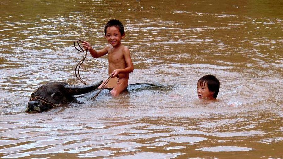 Trăn trở nghỉ hè của trẻ vùng khó Điện Biên (Bài 1)