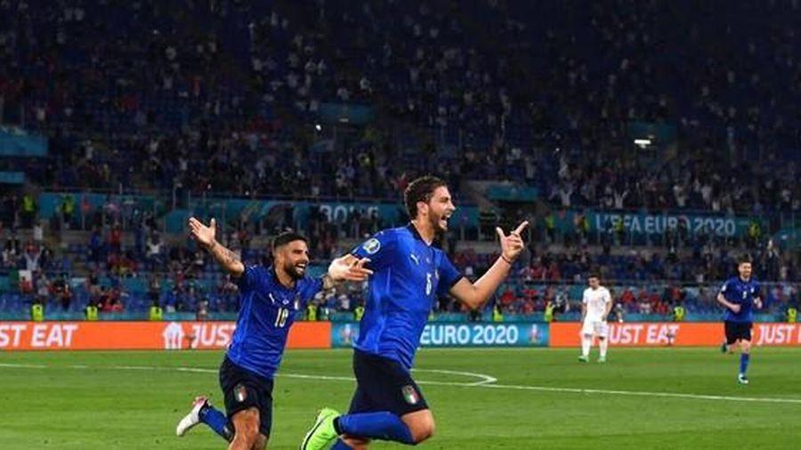 Tiếp tục 'khủng bố' đối thủ, ĐT Italia sớm giành vé đi tiếp