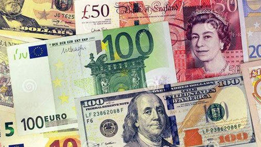 Tỷ giá ngoại tệ ngày 17/6: Chờ tín hiệu mới, USD treo cao