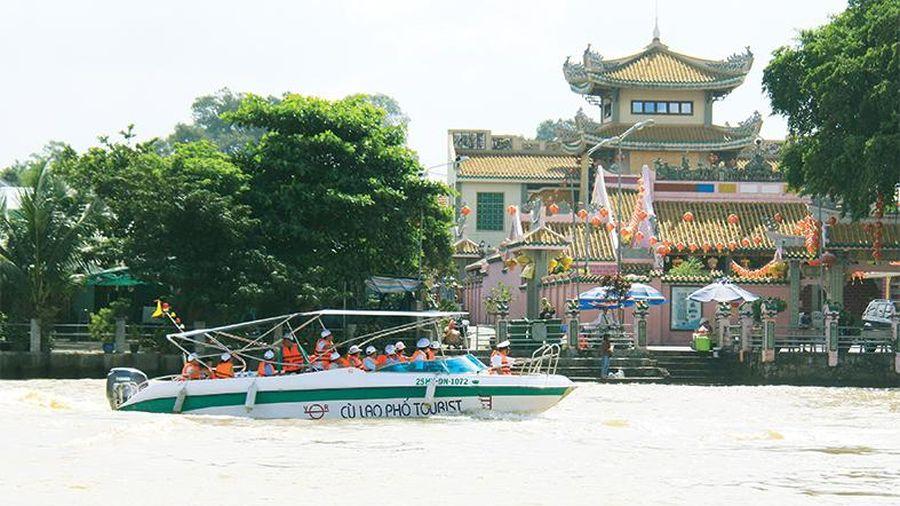 Du lịch đường sông Đồng Nai phát triển chưa tương xứng tiềm năng