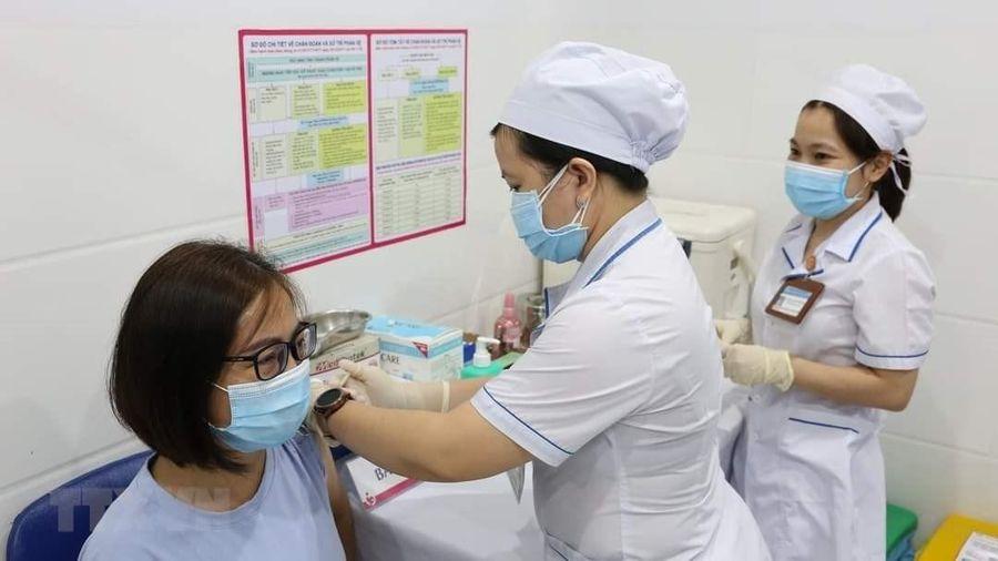 Bộ trưởng Y tế: Thần tốc đạt mục tiêu miễn dịch cộng đồng với COVID-19