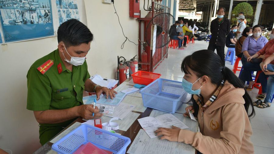 TP Hồ Chí Minh tiếp tục chỉ duy trì không quá 50% cán bộ, nhân viên tại công sở