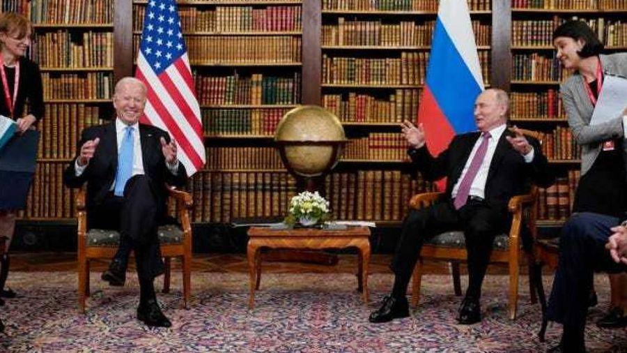 Giải mã thông điệp bí mật về bộ đồ của ông Putin khi gặp ông Biden