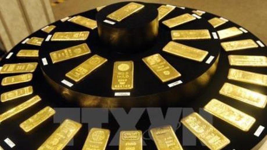 Giá vàng thế giới phiên 16/6 giảm hơn 1% sau cuộc họp của Fed