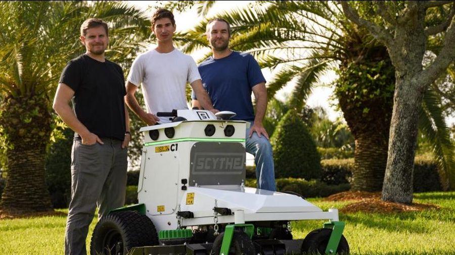 Robot cắt cỏ chạy bằng điện tự động vừa được tung ra thị trường với số tiền tài trợ 18,6 triệu đô la