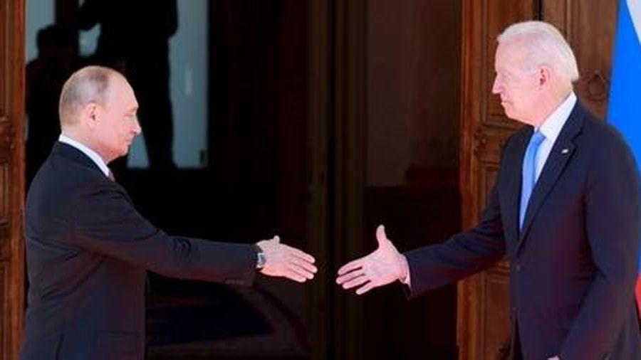Tổng thống Nga: Ông Biden rất khác ông Trump!