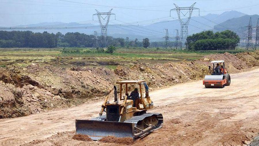 Áp dụng cơ chế đặc thù gỡ vướng nguồn vật liệu xây dựng cao tốc Bắc - Nam