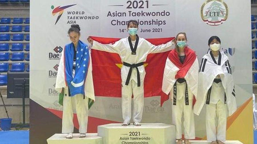 Trương Thị Kim Tuyền giành huy chương vàng giải vô địch Taekwondo châu Á