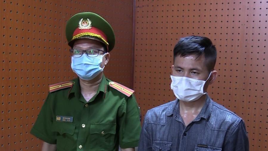 Tài xế 'ngáo' lái ô tô húc văng CSGT ở Bình Dương bị khởi tố, bắt giam