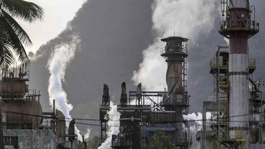 Khủng hoảng nguồn cung có thể đẩy giá dầu tăng vọt trên 100 USD/thùng