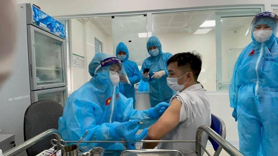 Tỷ lệ phản ứng sau tiêm vaccine phòng Covid-19 dưới 20%