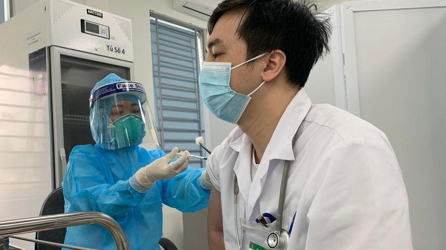 Việt Nam đã tiêm gần 2 triệu liều vắc xin phòng Covid-19