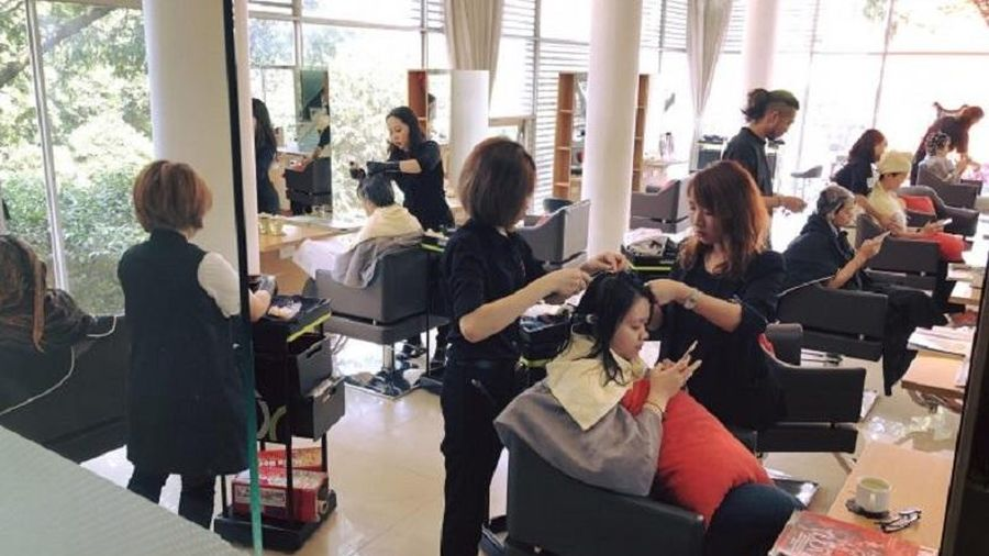 Massage, cắt tóc phải nộp thuế là quy định… cũ