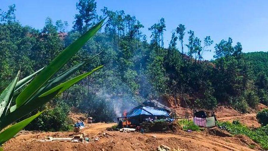 Truy quét vàng tặc tại bãi vàng Bồng Miêu