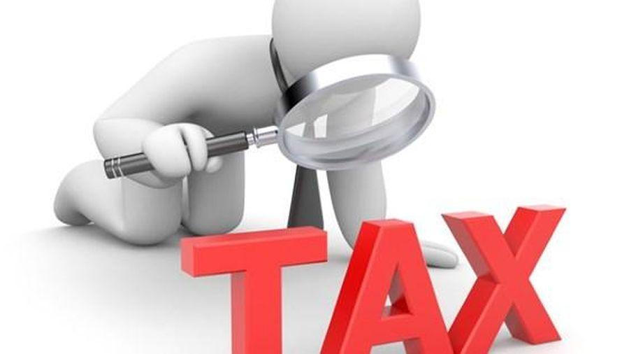 Cơ quan thuế được điều chỉnh doanh thu, mức thuế khoán với hộ khoán tạm ngừng kinh doanh?