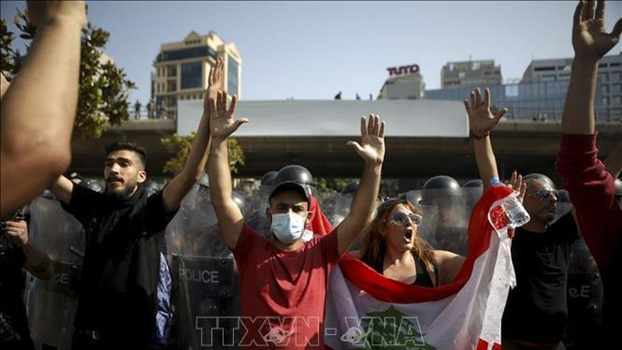 Đình công tại Liban do khủng hoảng kinh tế và chính trị