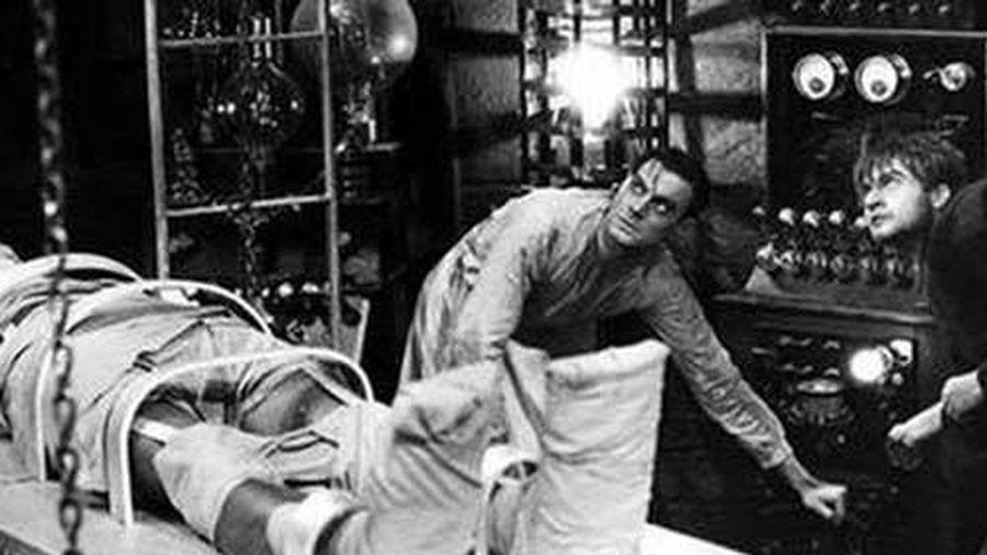 Thí nghiệm điên rồ nhất lịch sử khiến người chết 'hồi sinh', mở mắt bật dậy và cử động đi lại, đến hiện tại vẫn gây tranh cãi về độ quái đản