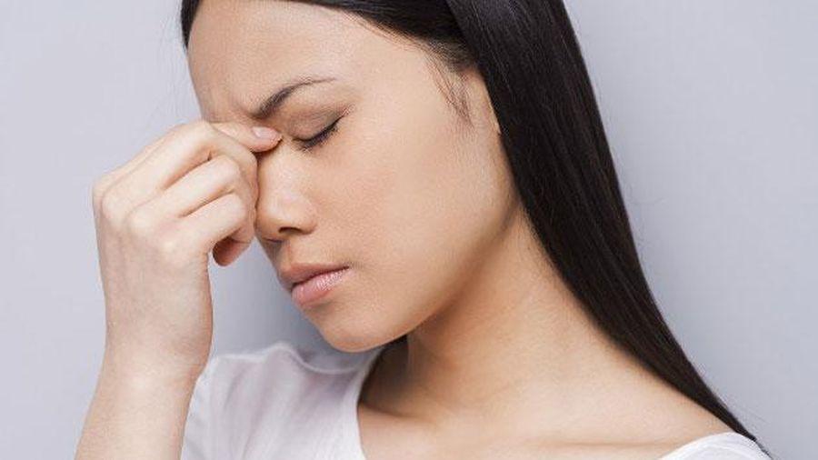 Phụ nữ có 4 dấu hiệu lạ trên mặt cảnh báo tử cung đầy bệnh tật, để lâu tổn thọ